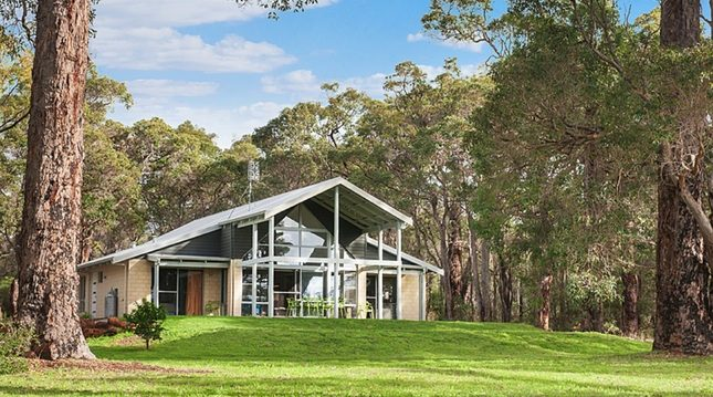 The Ridge at Moonwood - Dunsborough Holiday Homes