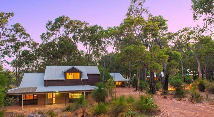 Woodstone Cottages - Dunsborough Holiday Homes